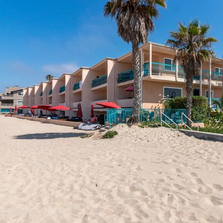 Rent this 2 bed house on Carpinteria