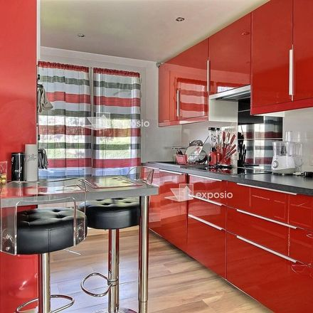 Rent this 3 bed apartment on 16 Avenue Romain Rolland in 38400 Saint-Martin-d'Hères, France