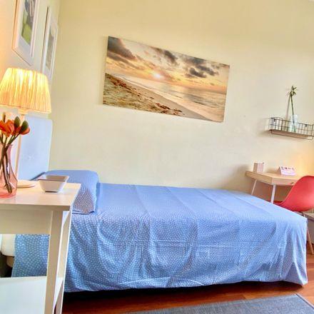 Rent this 4 bed room on Trenbideko etorbidea / Avenida del Ferrocarril in 2, 48013 Bilbao