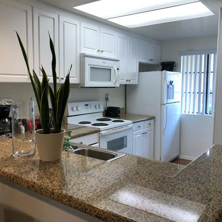 Rent this 1 bed room on Red Hill School in Woodlawn Avenue, North Tustin