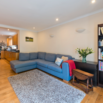 Rent this 2 bed apartment on Barmouth Road in London SW18 2DN, United Kingdom