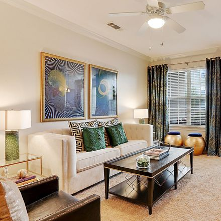 Rent this 3 bed apartment on 1137 Rue Desiree in Oak Hills Place, LA 70810
