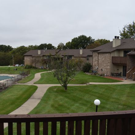 Rent this 2 bed condo on Waterfront Dr N in Columbia, MO