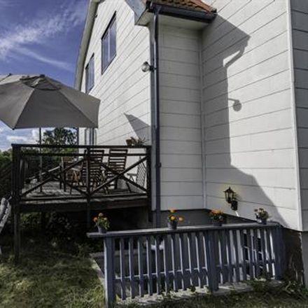 Rent this 2 bed apartment on Blixtåsvägen in 424 37 Gothenburg, Sweden