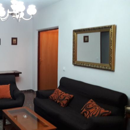 Rent this 2 bed room on Calle Perala in 41, 45003 Toledo