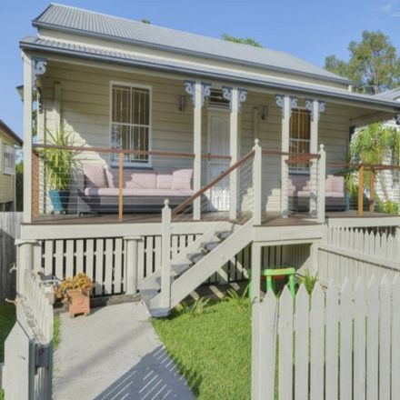 Rent this 4 bed house on 47 Lockhart Street