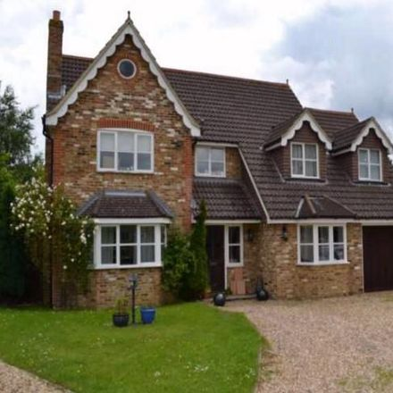 Rent this 7 bed house on Lacewood Gardens in Reading RG2 8JA, United Kingdom