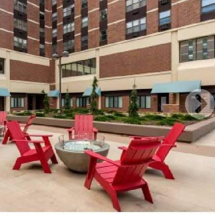 Rent this 1 bed room on Saint Paul Skyway in Saint Paul, MN 55101