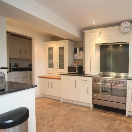Rent this 5 bed house on York Road in Harrogate, United Kingdom