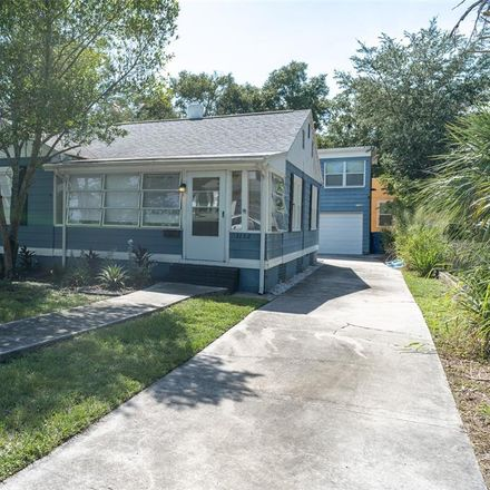 Rent this 2 bed house on Crescent Lake Dr N in Saint Petersburg, FL