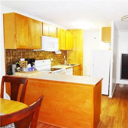 Rent this 1 bed apartment on Kalakaua Shopping District in Seaside Towers, 435 Seaside Avenue