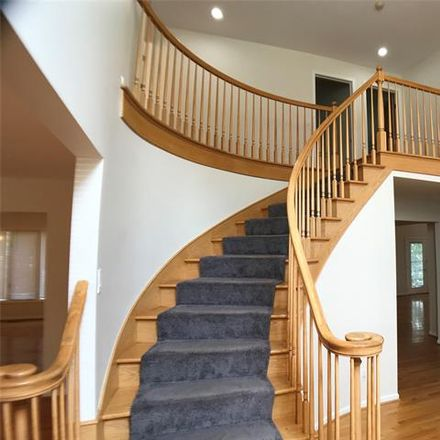 Rent this 4 bed house on Stone Haven Dr in Troy, MI