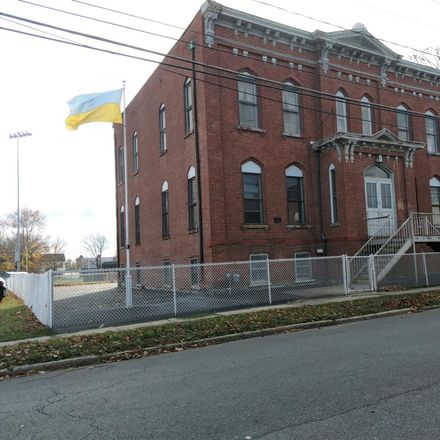 Rent this 8 bed apartment on 500 25th Street in City of Watervliet, NY 12189