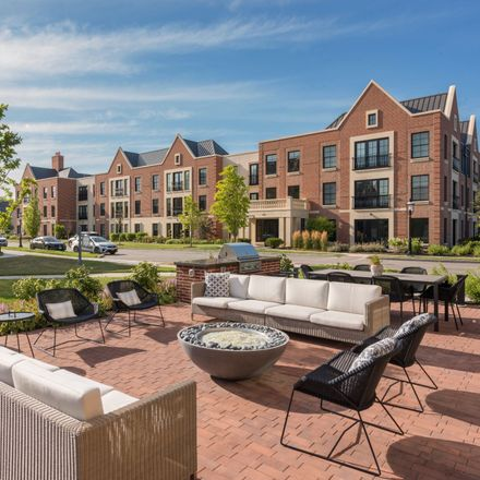 Rent this 3 bed apartment on West Westleigh Road in Lake Forest, IL 60045