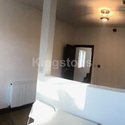 Rent this 3 bed apartment on Claude Road in Cardiff CF, United Kingdom