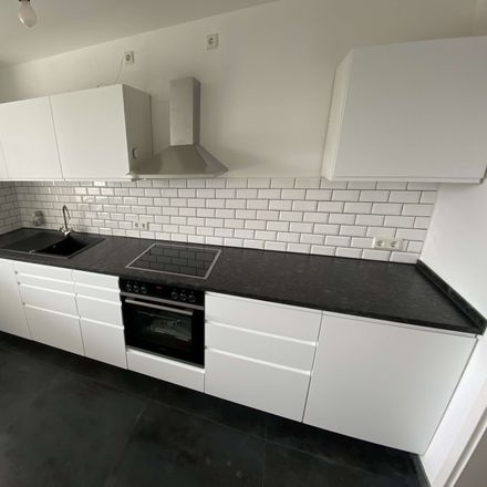 Rent this 3 bed apartment on Göttingen in Tegeler Weg, NI