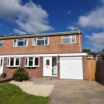 Rent this 3 bed house on Danelagh Close in Tamworth B79 8LR, United Kingdom