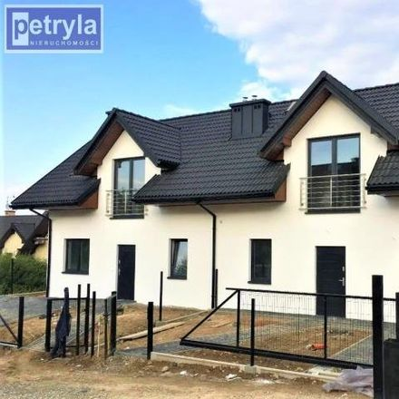 Rent this 5 bed house on 32-085 Modlnica