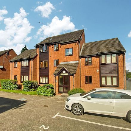 Rent this 2 bed apartment on Allesley Park Community Centre in Winsford Avenue, Allesley