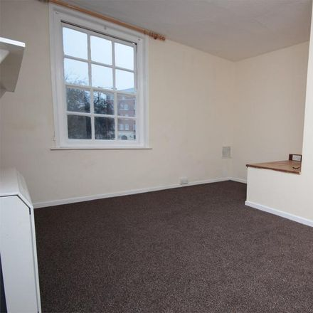 Rent this 2 bed apartment on Creations in Sidbury, Worcester WR1 2HU