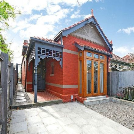 Rent this 3 bed house on 675 High Street