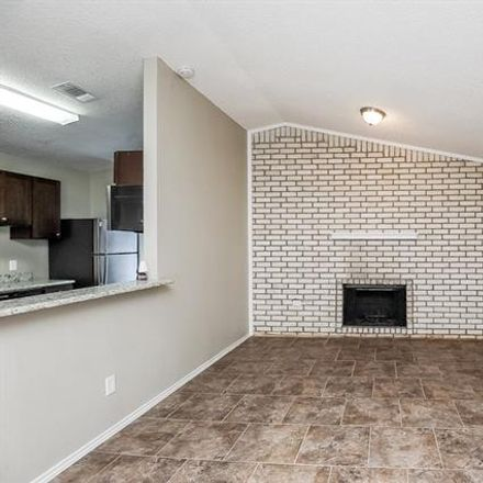 Rent this 3 bed house on 2809 Highlawn Ter in Fort Worth, TX