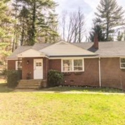 Rent this 4 bed house on 3901 Ridgeline Dr in Kingsport, TN