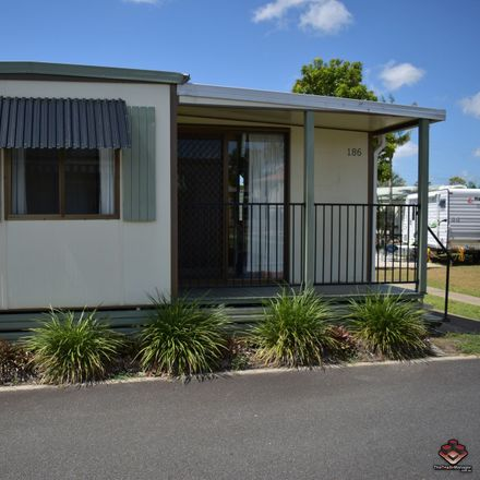 Rent this 3 bed townhouse on ID:3910040/10 Holmead Road