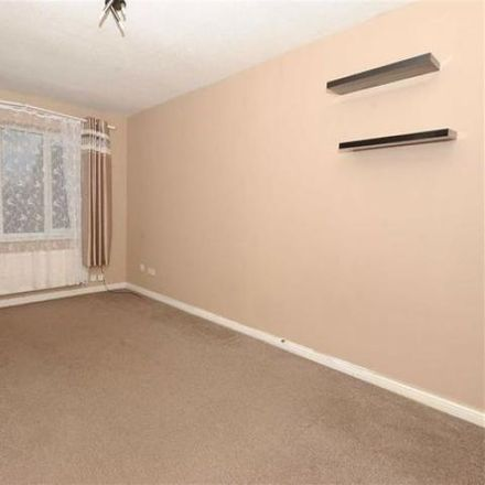 Rent this 2 bed house on The Dale in Wellingborough NN8 3QL, United Kingdom