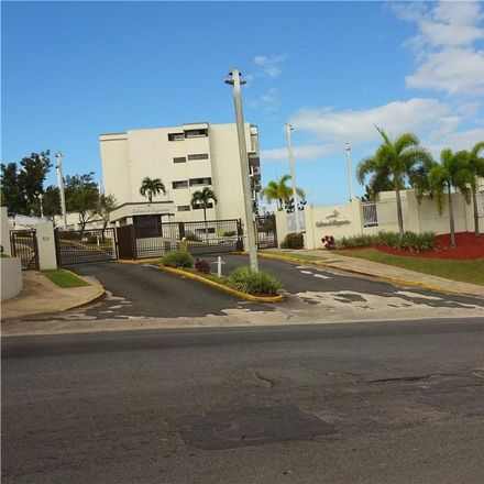 Rent this 3 bed condo on Cll D in Guaynabo, PR