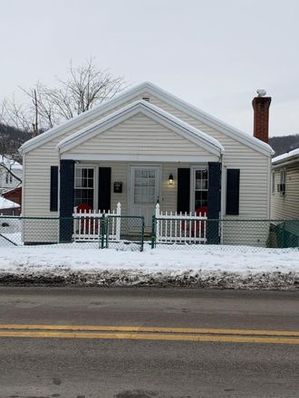 Rent this 2 bed house on 509 Warwood Avenue in Wheeling, WV 26003