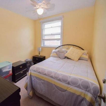 Rent this 3 bed condo on 745 Colebrook Road in Philadelphia, PA 19115