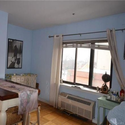 Rent this 1 bed condo on 1600 Parkview Avenue in New York, NY 10461