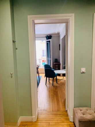 Rent this 1 bed apartment on 38 Rue Carnot in 92300 Levallois-Perret, France