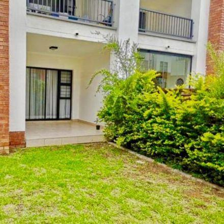 Rent this 3 bed apartment on Stoneridge Drive in Johannesburg Ward 32, Gauteng