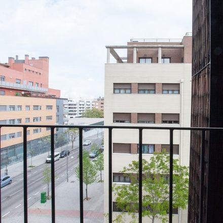 Rent this 4 bed apartment on Calle de las Trompas in 28001 Madrid, Spain