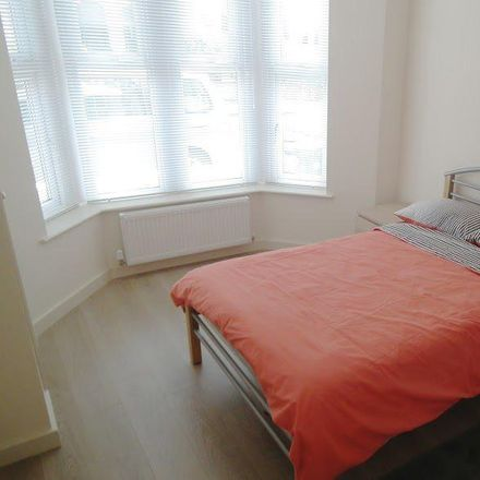 Rent this 1 bed room on 63 Heathfield Road in Cardiff CF14 3JX, United Kingdom