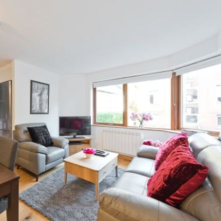 Rent this 3 bed apartment on 1 Herbert Street in South Dock ED, Dublin