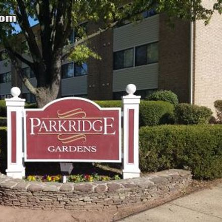 Rent this 2 bed apartment on 582 Florida Avenue in Herndon, VA 20170