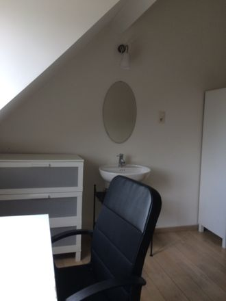 Rent this 3 bed room on Boulevard Cauchy 2 in 5000 Namur, Belgique