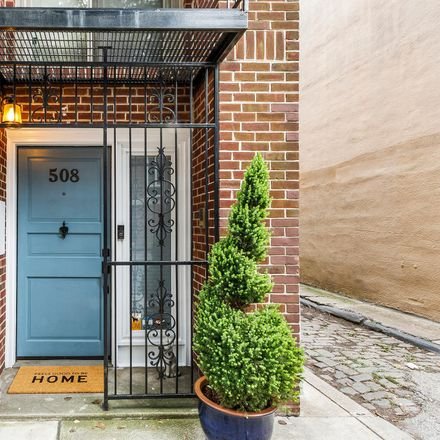Rent this 3 bed townhouse on 508 Lombard Street in Philadelphia, PA 19147
