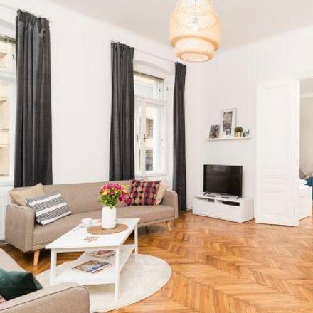 Rent this 3 bed apartment on Döblinger Gürtel 12 in 1090 Vienna, Austria