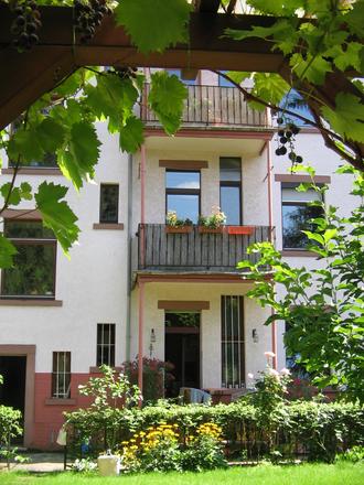 Rent this 2 bed apartment on Niddagaustraße 75 in 60489 Frankfurt, Germany