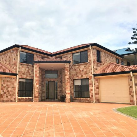 Rent this 5 bed house on 92 Windermere Avenue