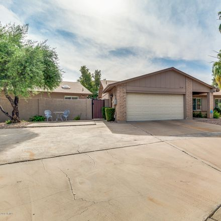 Rent this 3 bed house on East Tierra Buena Lane in Scottsdale, AZ 85260-1235