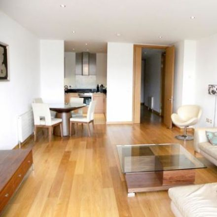 Rent this 4 bed apartment on Spencer Dock in Mayor Street Upper, North Dock