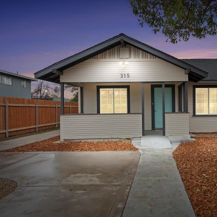 Rent this 3 bed house on 3rd Street in Visalia, CA 93291