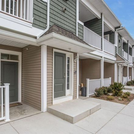 Rent this 1 bed apartment on 1046 New York Avenue in Huntington Station, NY 11746