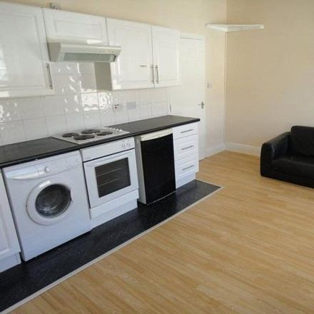 Rent this 2 bed apartment on Seymour Street in Cardiff, United Kingdom