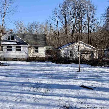 Rent this 5 bed house on Creekside Rd in Kerhonkson, NY